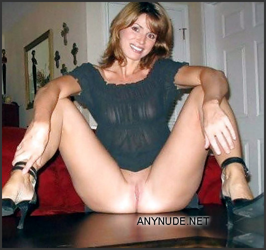 old hairy pussy full of cum