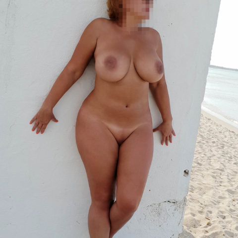 personal ads older women looking for sex